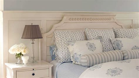 Southern Living Decorating Ideas Bedrooms by Relaxing Tones Master Bedroom Decorating Ideas