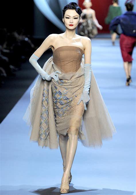 spring 2011 couture fashion shows style fashionistas daily com christian dior spring 2011 haute