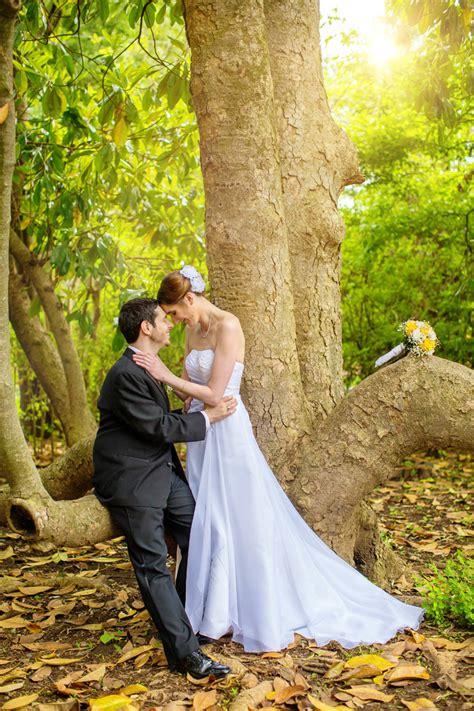 outdoor blue and yellow weddingoutdoor blue and yellow wedding