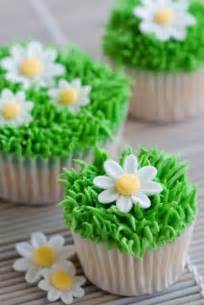simple cupcake decorating 20 easter cupcake decoration ideas cheap easy