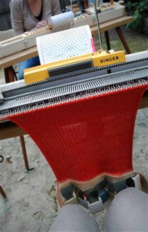 singer designer 2 knitting machine 1000 images about vintage superba singer white phildar