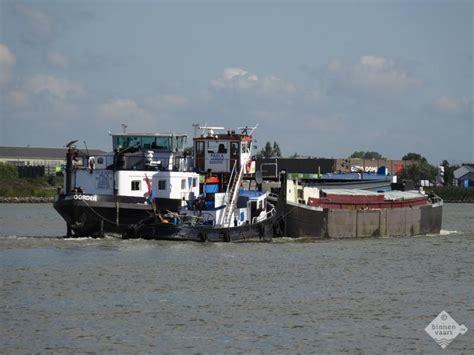 sleepboot cornelia cornelia 03220212 motorvrachtschip binnenvaart eu