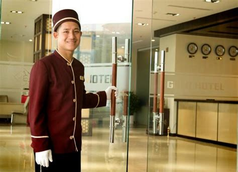 bellman picture of gold hotel hue hue tripadvisor