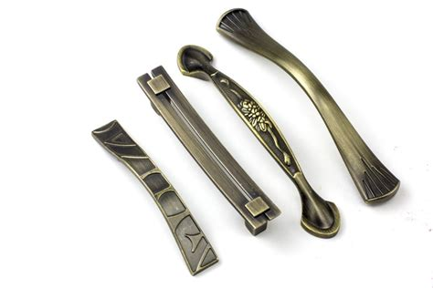 kitchen cabinet handles and hinges kitchen cabinet knobs and handles