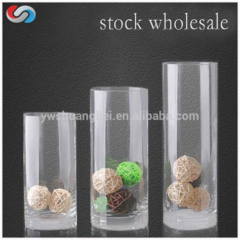 Cheap Vases For Wedding Centerpieces Grand Vase De Cristal Cylindrique En Verre Fait 224 La Main