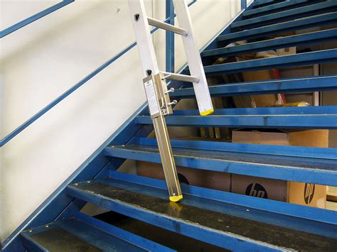 Ladders For Decorating Stairs by Stairmaster Staircase Ladder Leveller Painting And
