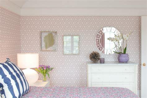 lavender wallpaper for bedroom lavender trellis wallpaper girls bedroom simplified bee