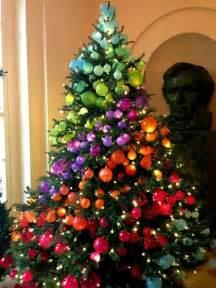 rainbow christmas tree zah casa pinterest