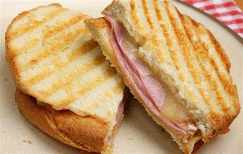 alimenti cancerogeni anche toast e patate arrosto nella lista nera degli