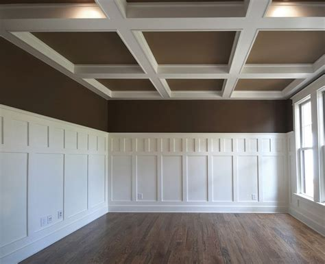 Craftsman Wainscoting by Wainscoting Craftsman Style Contrast In 2019 Trim Carpentry