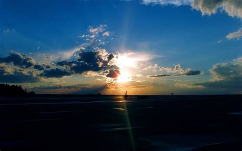 airport sunset wallpapers hd wallpapers id