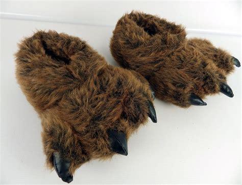 grizzly paw slippers grizzly paw slippers 187 gadget flow