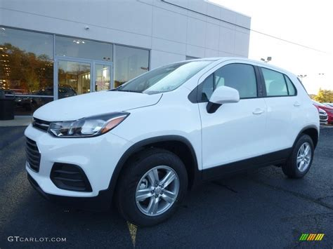 Pictures Of Ls by 2017 Summit White Chevrolet Trax Ls Awd 116611485