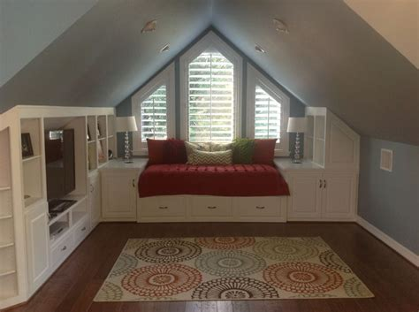 bedroom above garage 25 best ideas about attic craft rooms on pinterest