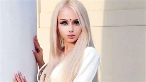 imagenes de la familia barbie humana barbie humana racista y no quiere hijos telemundo 40