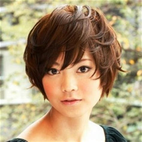 midway to haircut styles midway to short haircut styles best 25 short layered