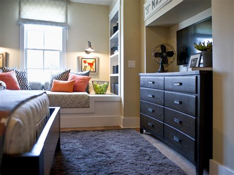 how to decorate kid room how to decorate a kid s room hgtv