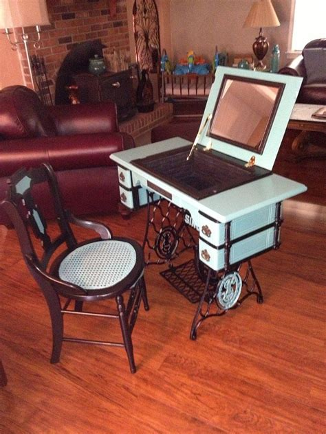 vintage this repurpose that repurposed antique sewing machine coiffeuses couture