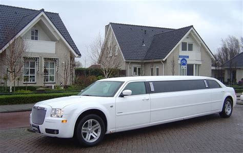 Wedding Car And Limo Hire by Limo Hire Fulham Fulham Limo Hire Wedding Car Fulham