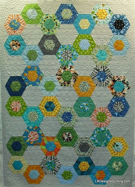 Hexagon Patchwork Patterns Free - best 25 hexagon quilt pattern ideas on
