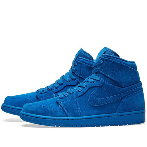 Sepatu Nike Air 1 Retro High nike air 1 retro high team royal