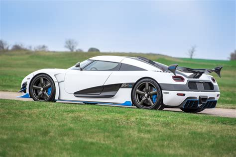 koenigsegg agera r white and blue koenigsegg agera rs dubbed rs1 at the 2017 new york