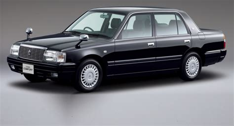 japanese classic toyota crown  updated autoevolution
