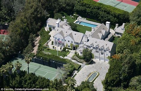 tom cruise mansion tom cruise sells beverly hills mansion he shared with
