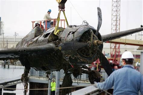 boat crash raystown lake wwii era plane pulled from lake michigan