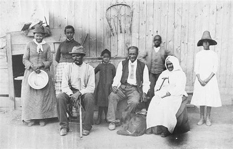 harriet tubman biography family harriet tubman and family in 1851 harriet took members