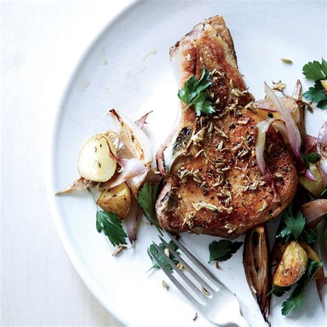 A Flash In The Pan Fennel Crusted Pork Chops by Fennel Crusted Pork Chops With Potatoes And Shallots
