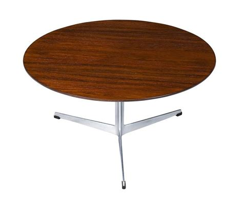 arne jacobsen coffee table arne jacobsen rosewood coffee table for sale at 1stdibs