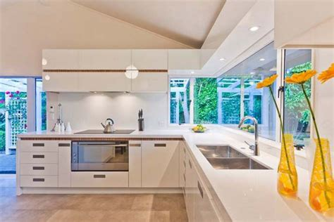 kitchen sink materials reviews the kitchen sink material a review of tips for choosing
