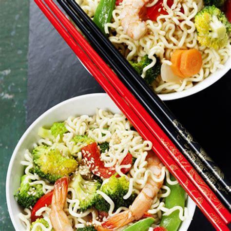 cucina cinese calorie spaghetti di soia con verdure valori nutrizionali e