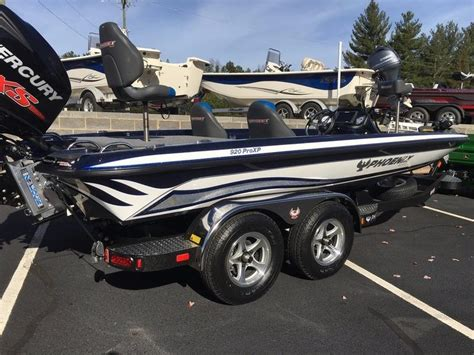 new phoenix bass boats 2015 new phoenix bass boats 920 proxp bass boat for sale