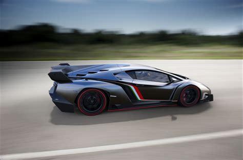 Lamborghini Veneno Race Lamborghini Veneno Breaks Cover Ahead Of Geneva Updated