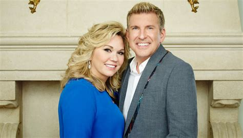 todd chrisley and julie todd and julie chrisley open up about breast cancer scare