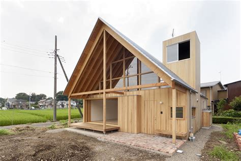 Gable Roof Materials A Gabled Roof In Kawagoe Tailored Design Lab Archdaily