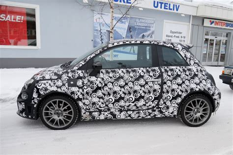 2017 fiat 500 abarth cabrio 2017 fiat 500 abarth 500 abarth cabrio facelift spied during testing autoevolution