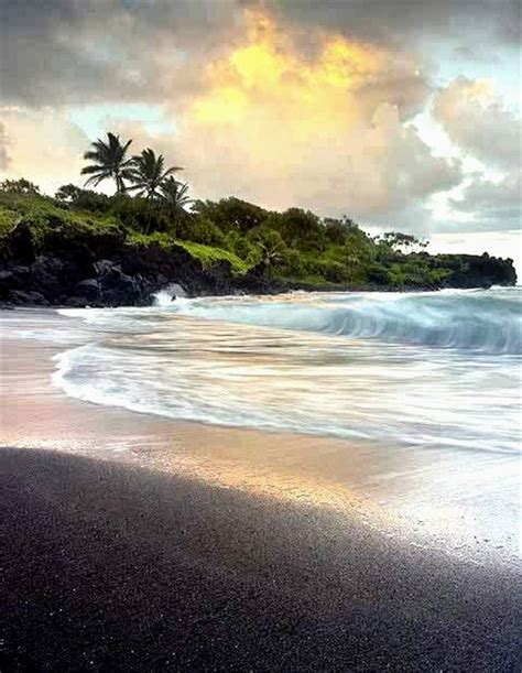 black sand beach in maui wow pinterest 100 best nature scenes l images on pinterest beautiful