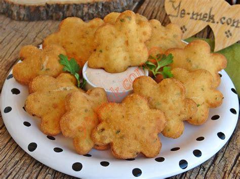 sebzeli hamur toplari tarifi yemek tarifleri sebzeli hamur kızartması tarifi nasıl yapılır resimli
