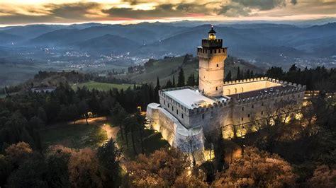 rocca delle caminate i castelli pi 249 belli d italia