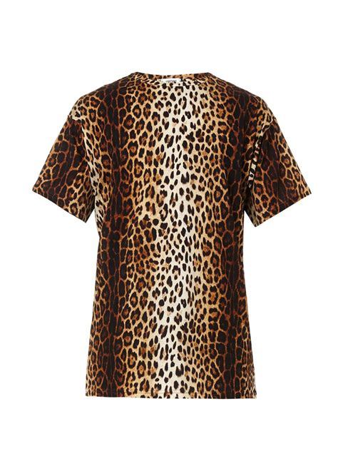 lyst moschino leopard print t shirt in brown for