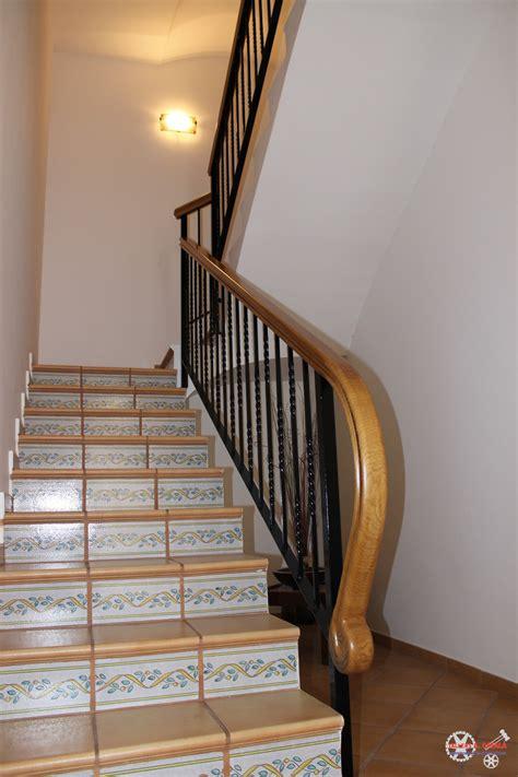 barandillas de madera para interior barandilla forjada para escalinata interior con pasamanos