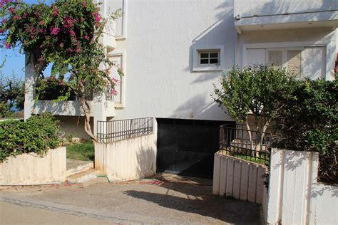 Zweifamilienhaus Zum Kaufen by Zweifamilienhaus Zum Kauf In Nea Kydonia Chania Kreta