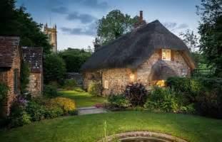 un cottage anglais un peu magique