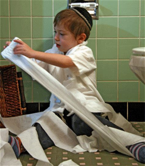 how do guys use the bathroom orthodox jews are using these crazy gadgets to dodge