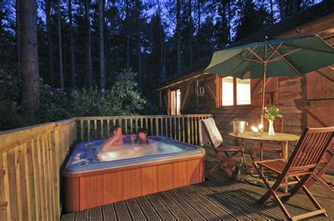 Cottages With Tubs by Top 10 Cottages And Lodges In With