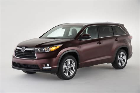 toyota highlander features review  car connection