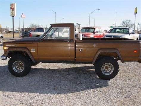 1970 Jeep J2000 1970 Jeep J2000 Gladiator 4x4 3 53 Detroit Diesel Calf